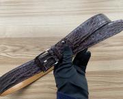Ремень из крокодила фиолетовый